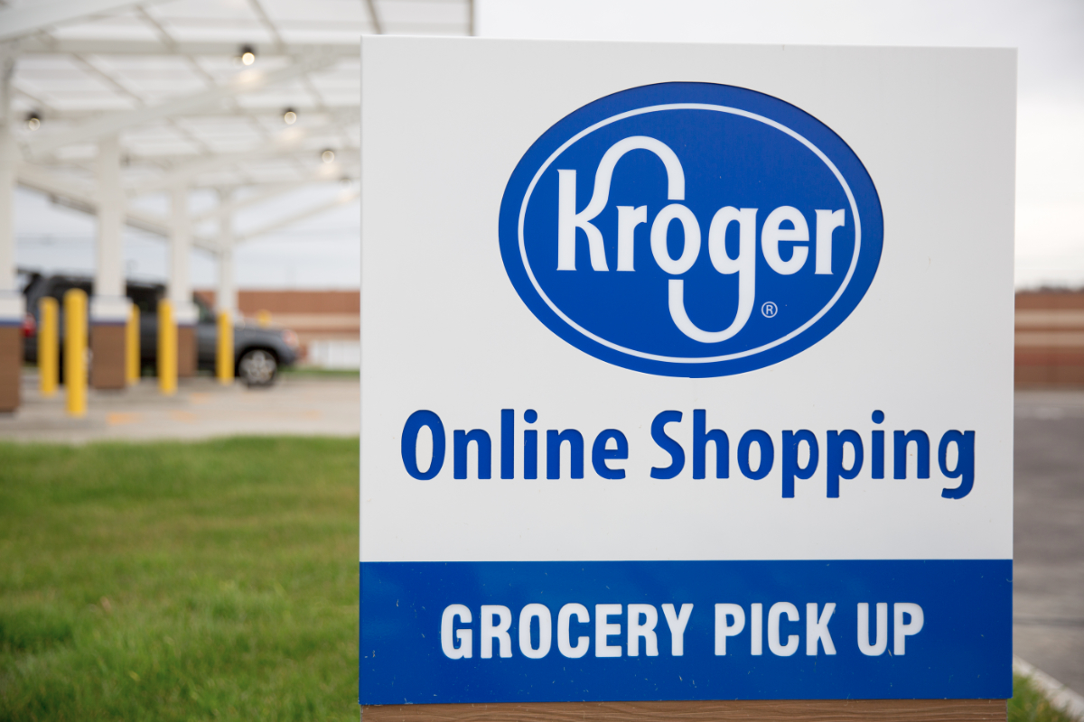 kroger-online-shopping-grocery-pick-up-sign