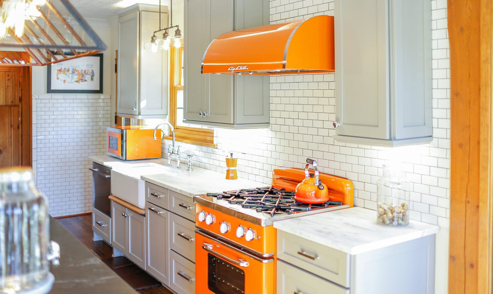 kitchen-with-orange-appliances